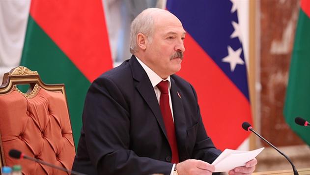 Лукашенко поручил доработать систему безналичных жилищных субсидий