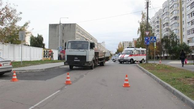 В Гомеле МАЗ сбил насмерть школьницу на переходе