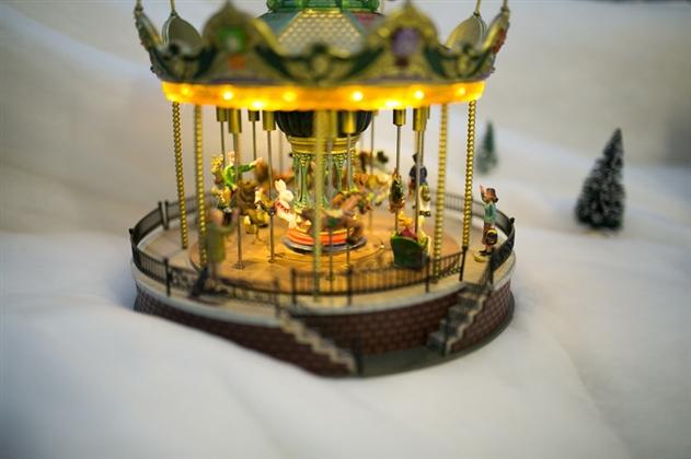 В центре Минска заработал первый музей-фабрика елочных игрушек