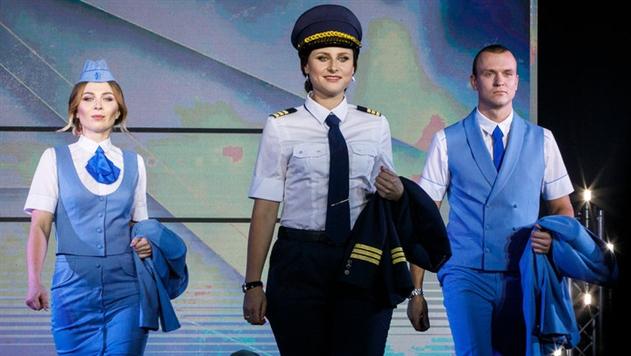 «Белавиа» показала новую форму для пилотов и бортпроводников