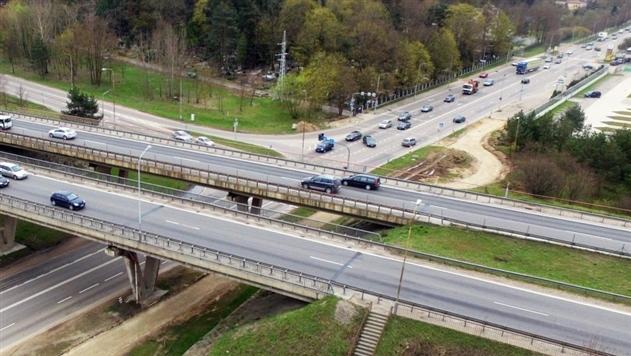 В Литве снижается допустимая скорость на автодорогах