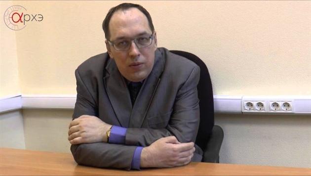 В Барановичах российского философа-анархиста Рябова посадили на 6 суток