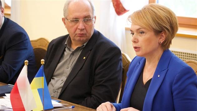 Закон об образовании: Украина спросит мнение поляков