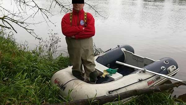В Беларуси по Бугу приплыл гидролог из Польши