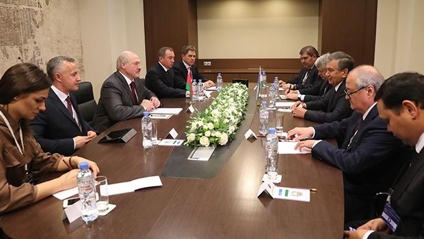 Лукашенко пригласили посетить Узбекистан в 2018 году