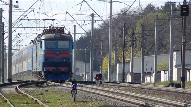 На ходу загорелся поезд