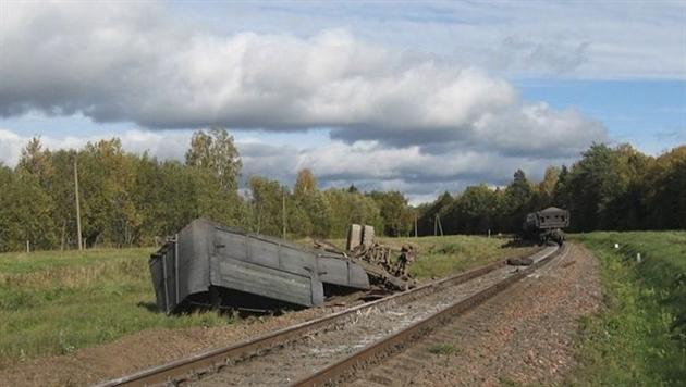 В Осиповичском районе столкнулись МАЗ и поезд