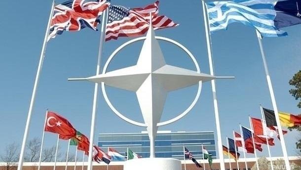 НАТО планирует расширить помощь странам-партнерам