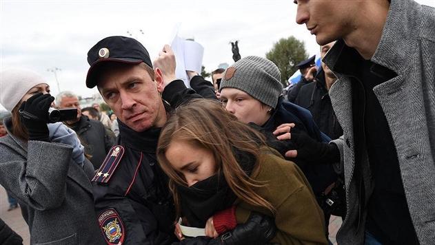 Акции протеста в России: задержали более 260 человек