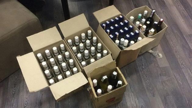 В двух ночных клубах изъяли 60 литров нелегального алкоголя