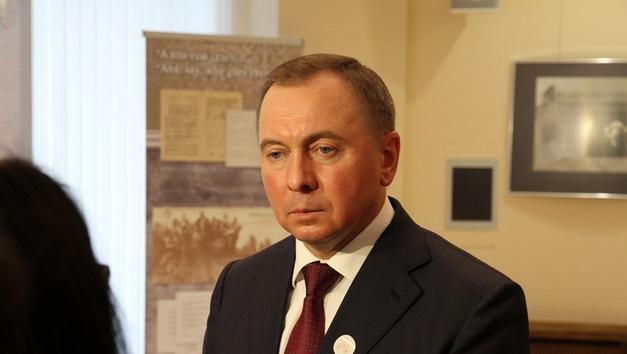 Макей: Беларусь хочет продлить безвизовый въезд до 30 дней