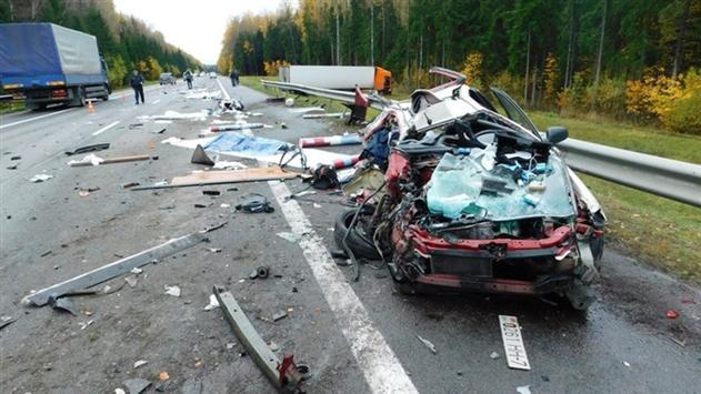 В Докшицком районе фура смяла легковушку Honda: погиб минчанин