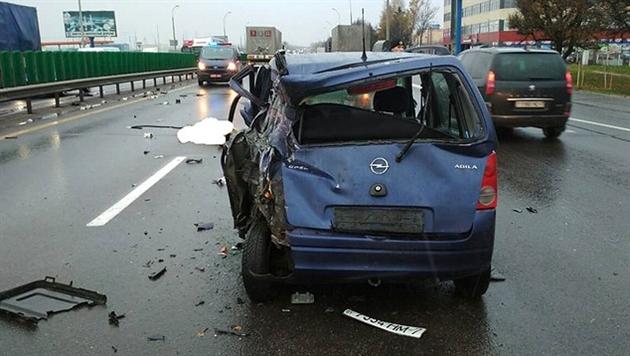 Пьяный водитель фуры сбил на МКАД участников ДТП