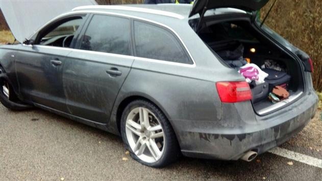 Житель Латвии на автомобиле попытался прорваться из Беларуси на родину