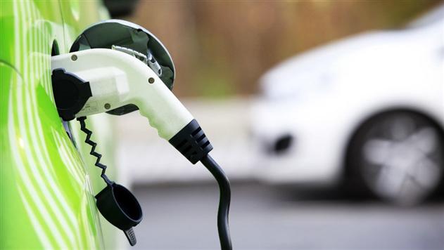 В Беларуси подешевеет страховка на электромобили и гибриды