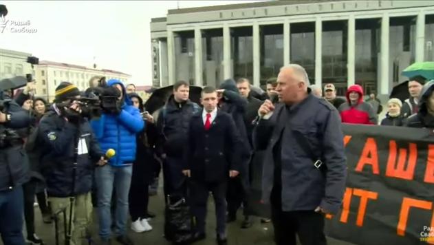 Оппозиция проводит в центре Минска