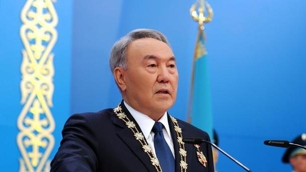 Назарбаев подписал указ о переходе алфавита Казахстана на латиницу