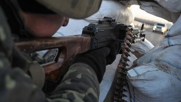 Боевики 12 раз обстреляли позиции бойцов АТО