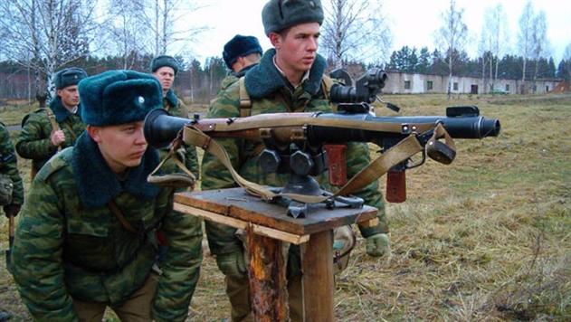 Белорусская армия отказывается от шапки-ушанки и кожаного ремня