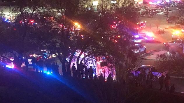 В Колорадо мужчина устроил стрельбу возле универмага