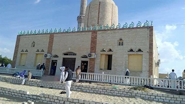 Египетские спецслужбы уничтожили 30 боевиков после теракта в мечети