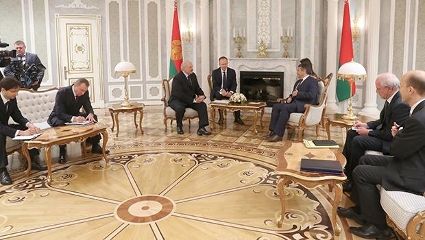 Лукашенко хочет открыть новую страницу отношений с Германией