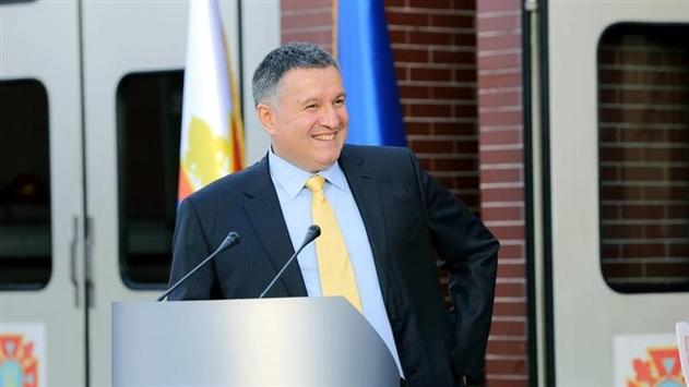 Аваков объяснил, почему уже неделю ограничен въезд в Киев