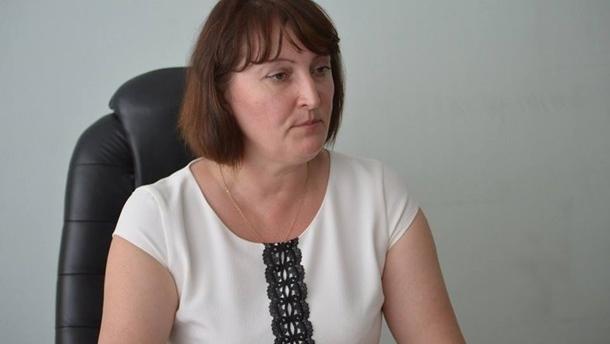 Свекровь главы НАПК закрыла у себя в квартире детектива НАБУ