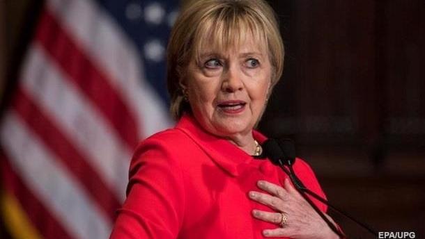 Клинтон отрицает причастность к урановым сделкам с РФ