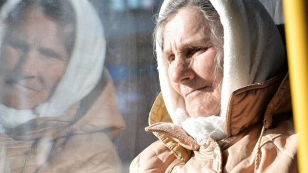 Лукашенко: будем работать лучше и поднимать экономику - будут и пенсии расти