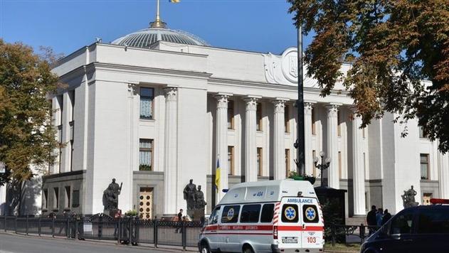 Луценко: Президент подаст антикоррупционный законопроект через две недели