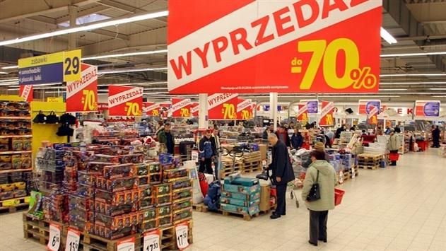 Сейм Польши проголосовал за запрет торговли по воскресеньям