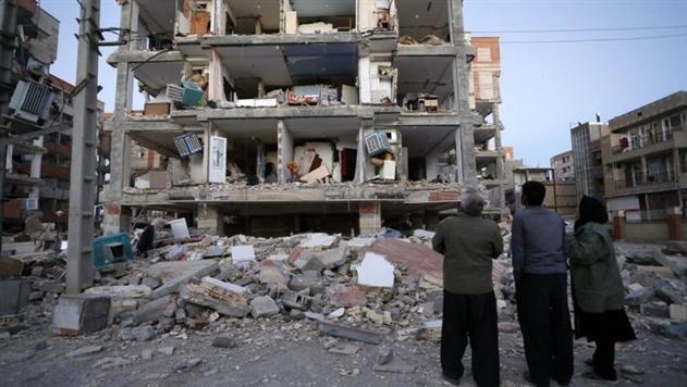 Число погибших при землетрясении в Иране превысило 400 человек