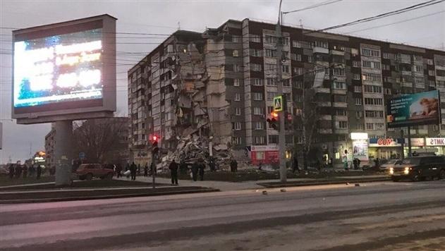 Обрушение дома в российском Ижевске: число жертв возросло до пяти