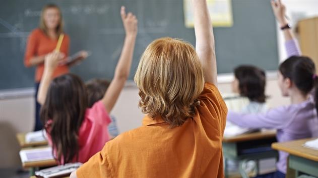 Питание в минских школах будут контролировать видеокамеры