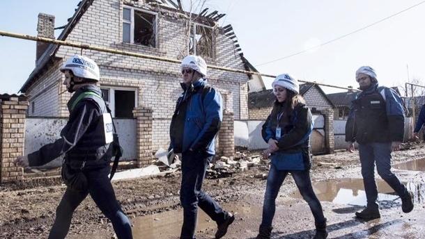 ОБСЕ не попала в места хранения вооружения ДНР