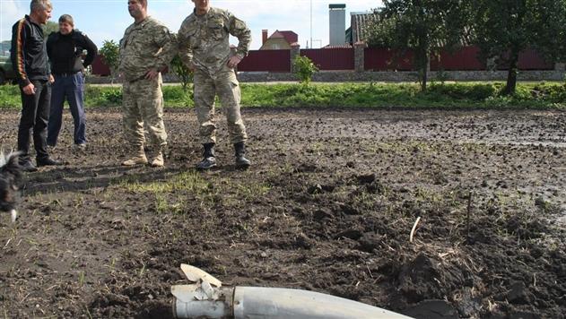 Взрывы на артскладах: под Калиновкой нашли три тысячи опасных предметов