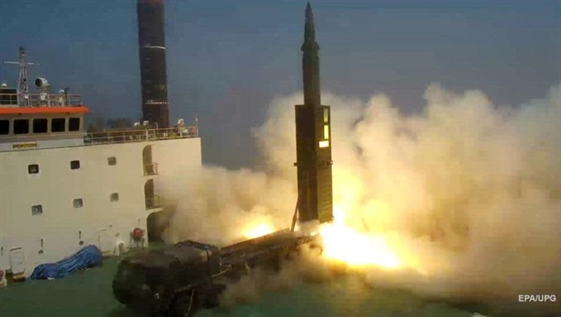 Южная Корея испытала ракеты в ответ на пуск КНДР