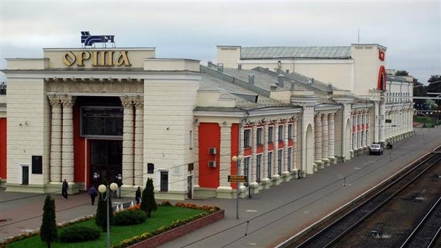 Кобяков заметил прогресс на предприятиях Оршанского района