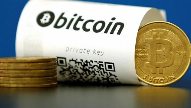 Курс биткоина преодолел рекордную отметку в 10 тысяч долларов