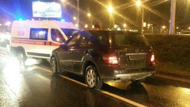 В Минске машина сбила женщину с ребенком