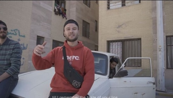 Макс Корж записал новый клип прямо на иранских улицах