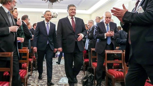 Порошенко и Дуда договорились о срочном заседании