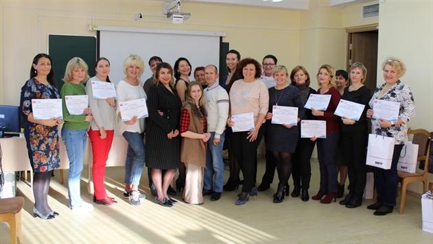 Жителей Беларуси научат ухаживать за пожилыми и тяжелобольными людьми