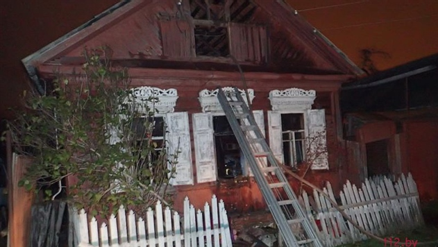 МЧС: при пожаре в частном доме в Гомеле погибли три человека