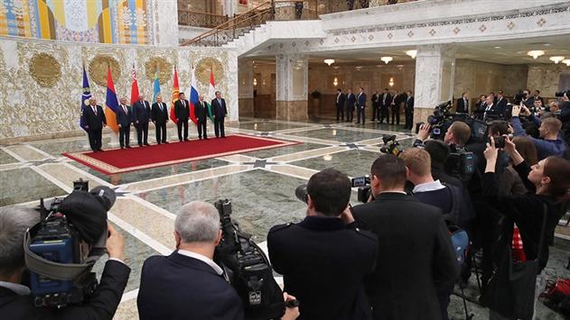 Главы стран ОДКБ провели переговоры за закрытыми дверями