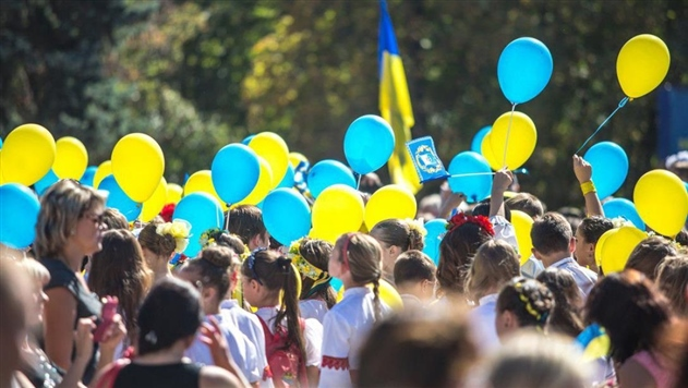 Опрос: Украинцы больше всего переживают из-за войны и роста цен