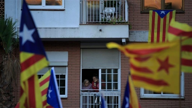 Испания ищет, кто стоит за фейковыми новостями о Каталонии