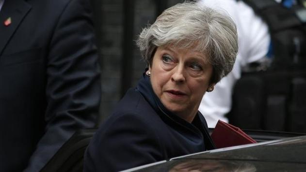СМИ: Консерваторы готовы отправить в отставку Мэй