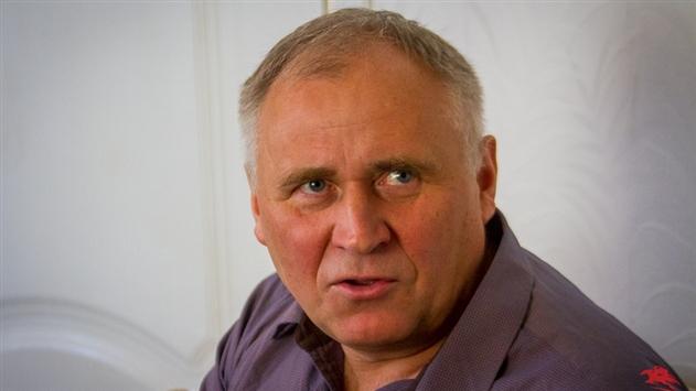 Суд добавил Статкевичу, отбывающему 5 суток ареста, еще 10 суток